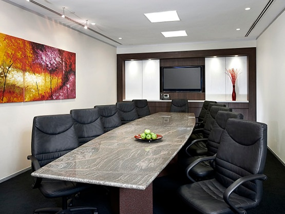 boardroom-marina-bay-financial-centre-singapore-555x416.png